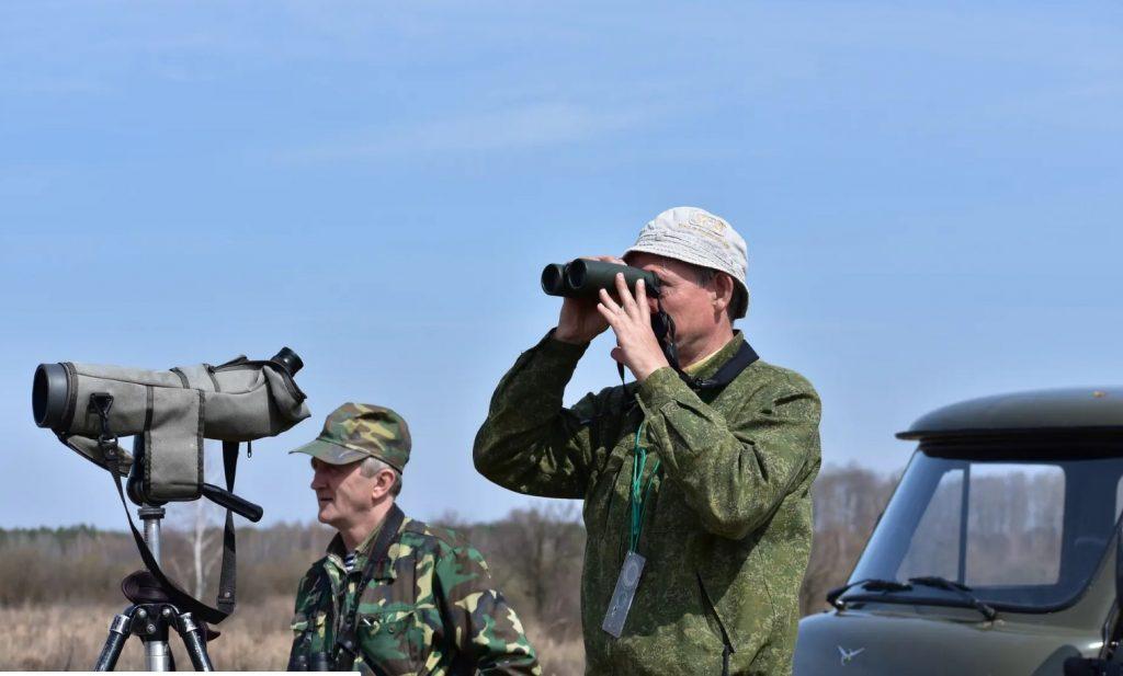 Birdwatchers Valery Yurko & Valery Dombrovskiy on the Palieski reserve